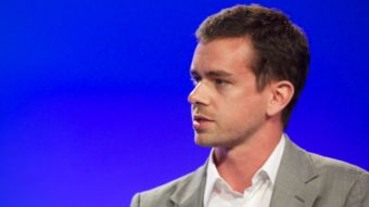 CEO do Twitter faz leilão milionário do 1º tweet como ativo digital NFT