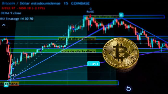 Bitcoin é considerado ativo de melhor desempenho em 2021 (Imagem: Jorge Franganillo/Flickr)