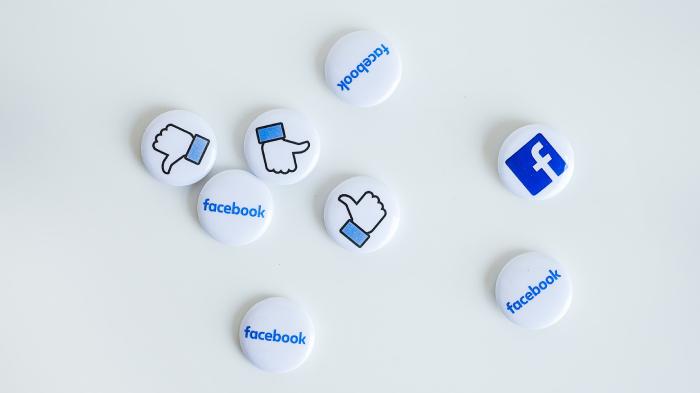 Como apagar uma reação a um story do Facebook (Imagem: Neobrand/Unsplash)