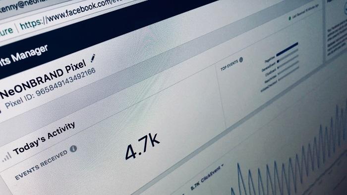 As métricas auxiliam a ganhar seguidores no Facebook (Imagem: Neobrand/Unsplash)