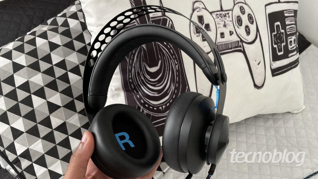 Headset Lenovo Gamer Legion H300 (Imagem: Darlan Helder/Tecnoblog)