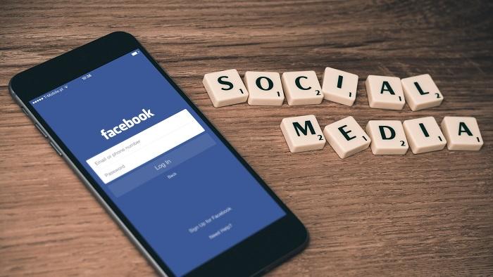 Engajamento no Facebook é a métrica de interação com seu público (Imagem: William Iven/Unsplash)