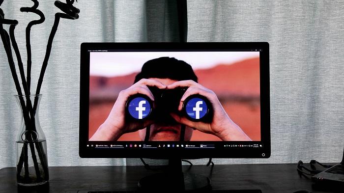 Facebook também é alvo de spam (Imagem: Glen Carrie/Unsplash)