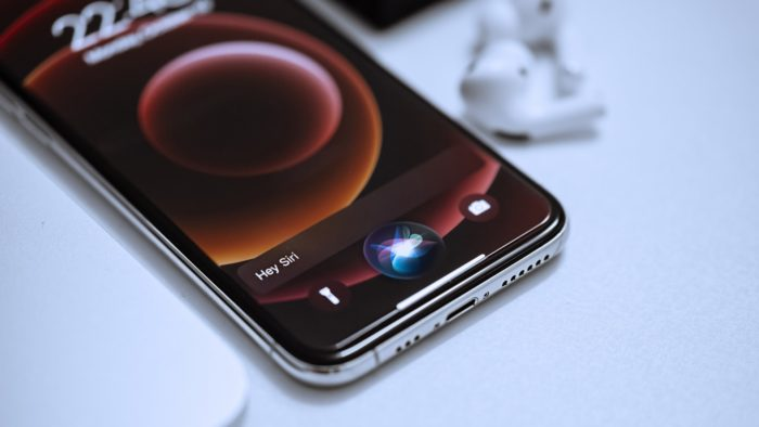 Siri, assistente virtual da Apple (Imagem: Omid Armin/Unsplash)