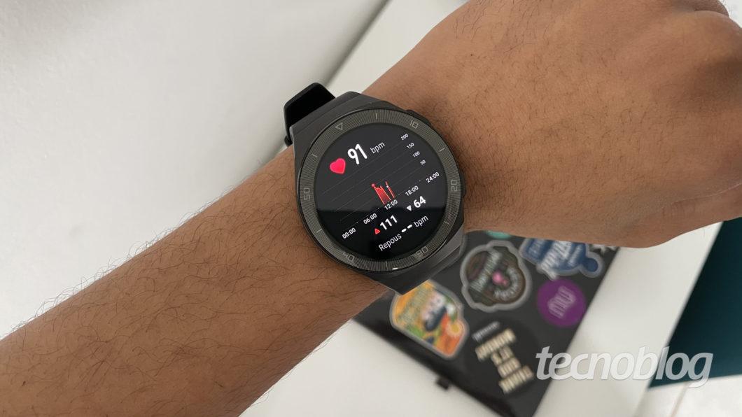 Huawei Watch GT 2e Smartwatch (Image: Darlan Helder / Tecnoblog)
