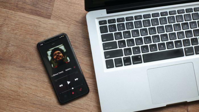 Como colocar música no Spotify (Imagem: Giorgio Trovato/Unsplash)