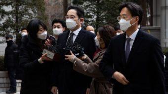 Jay Y. Lee, herdeiro da Samsung, é preso por corrupção
