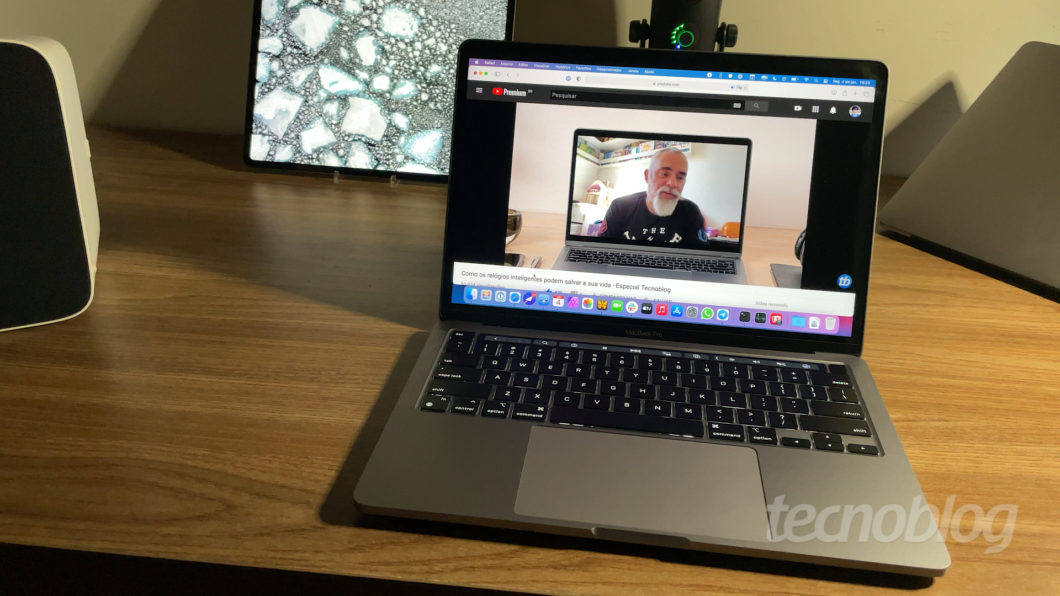 MacBook Pro (2020) com Apple M1 (Imagem: Paulo Higa/Tecnoblog)