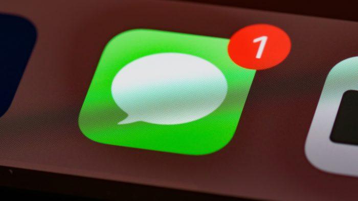 Mensagens do iPhone (Imagem: Brett Jordan/Unsplash)