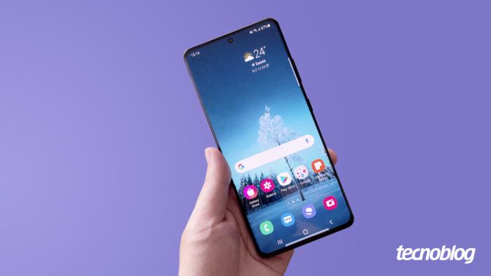 Samsung Galaxy S21 Ultra (Imagem: Vitor Pádua/Tecnoblog)