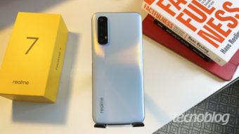 Realme abre loja oficial no Mercado Livre com celulares e fones para o Brasil