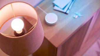 Lâmpadas inteligentes Wiz de 220 V passam na Anatel para venda no Brasil