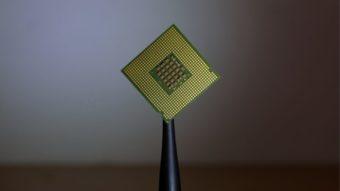 Escassez de chips deve durar até 2022, afetando preço de consoles e PCs