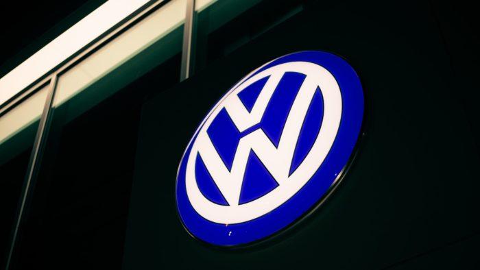 Volkswagen Imagem: Erik Mclean/Unsplash