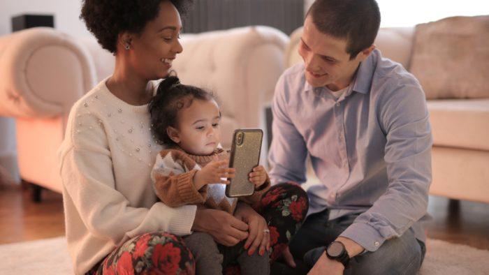 Saiba como desativar o controle dos pais, recurso parental da Play Store (Imagem: Andrea / Pexels)