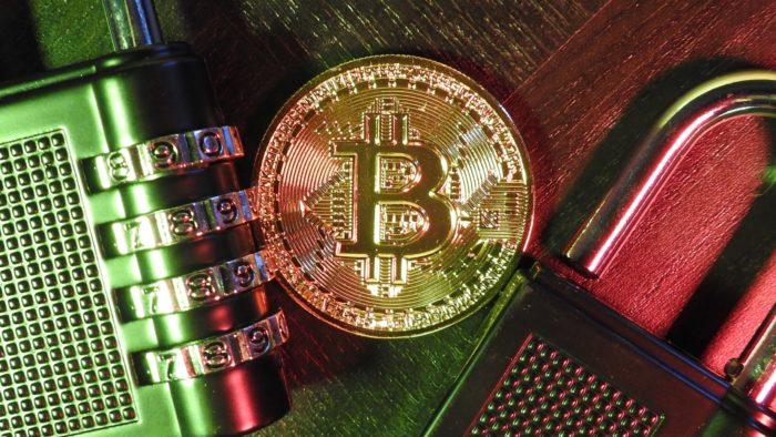 Bitcoins estão trancados em contas de investidores de longo prazo (Imagem: Ewan Kennedy/Pexels)