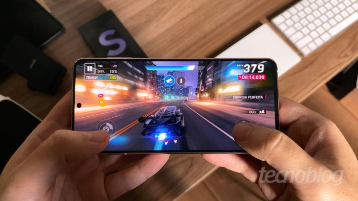 Samsung Galaxy S21 (Imagem: Paulo Higa/Tecnoblog)