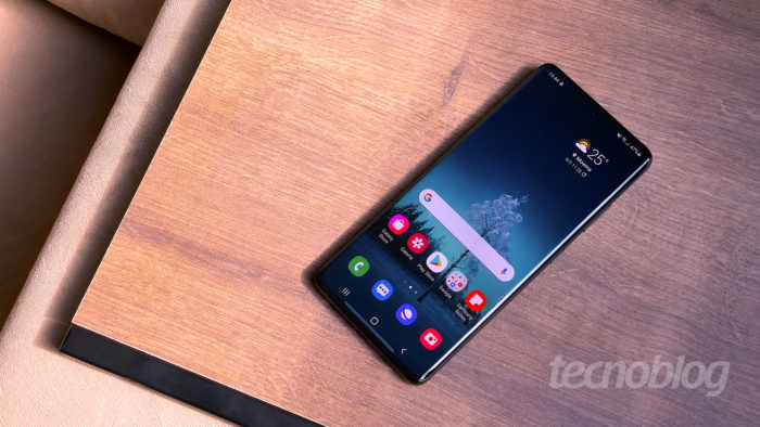 Samsung <a href='https://meuspy.com/tag/Espionar-Galaxy'>Galaxy</a> S21 Ultra (Imagem: Paulo Higa/Tecnoblog)