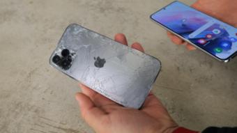 Galaxy S21 Ultra e iPhone 12 Pro Max passam por teste de queda