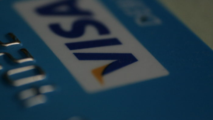 Visa deve investir cada vez mais na integração de criptomoedas ems eus serviços (Imagem: DeclanTM/Flickr)