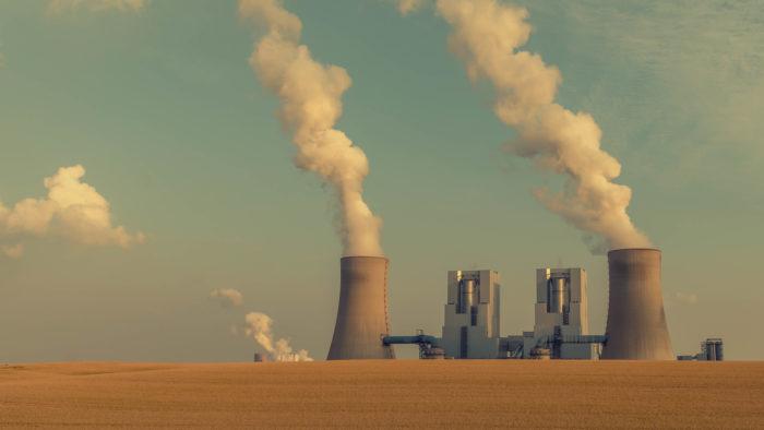 Mineração de bitcoin é relacionada ao aumento das emissões de carbono (Imagem: metropole ruhr/Flickr)