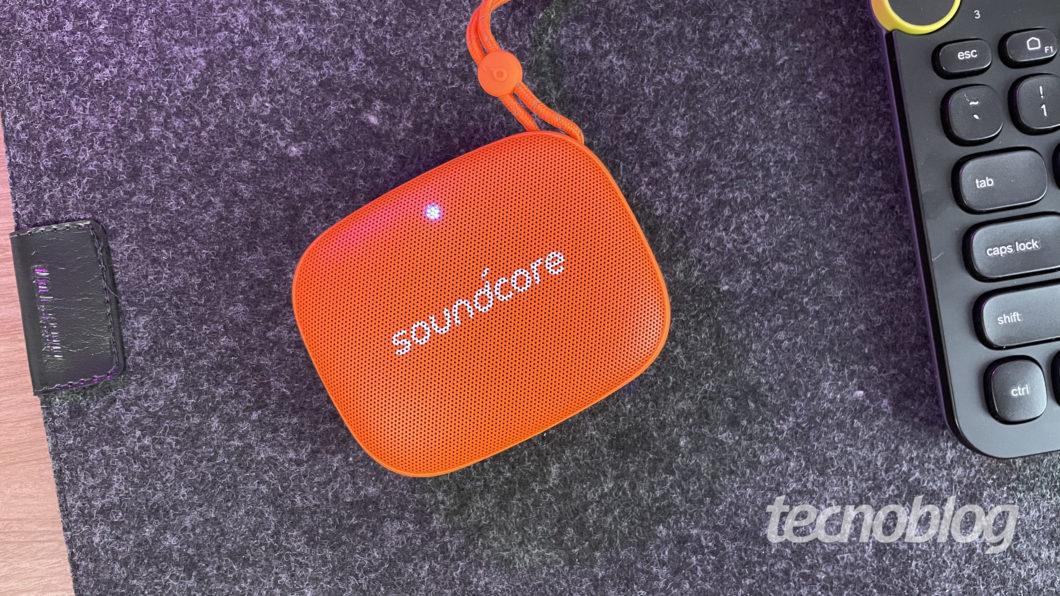 Anker Soundcore Icon Mini (Imagem: Darlan Helder/Tecnoblog)