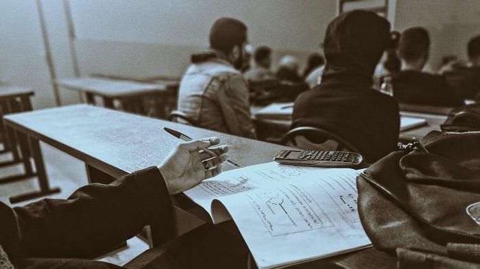 UFSCar abre vagas para doutorado acadêmico em Engenharia de Produção (Imagem: Oussama Zaidi/Unsplash)