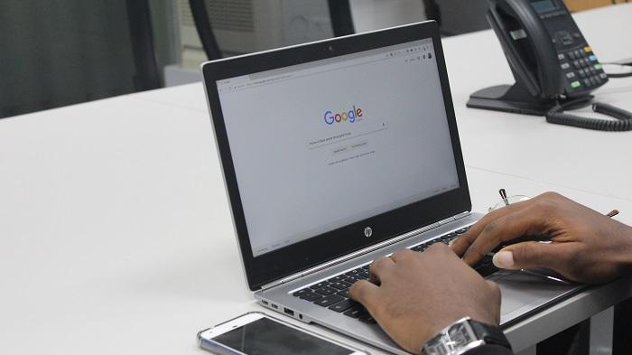 Como postar atividades no Google Classroom (Imagem: Benjamin Dada/Unsplash)