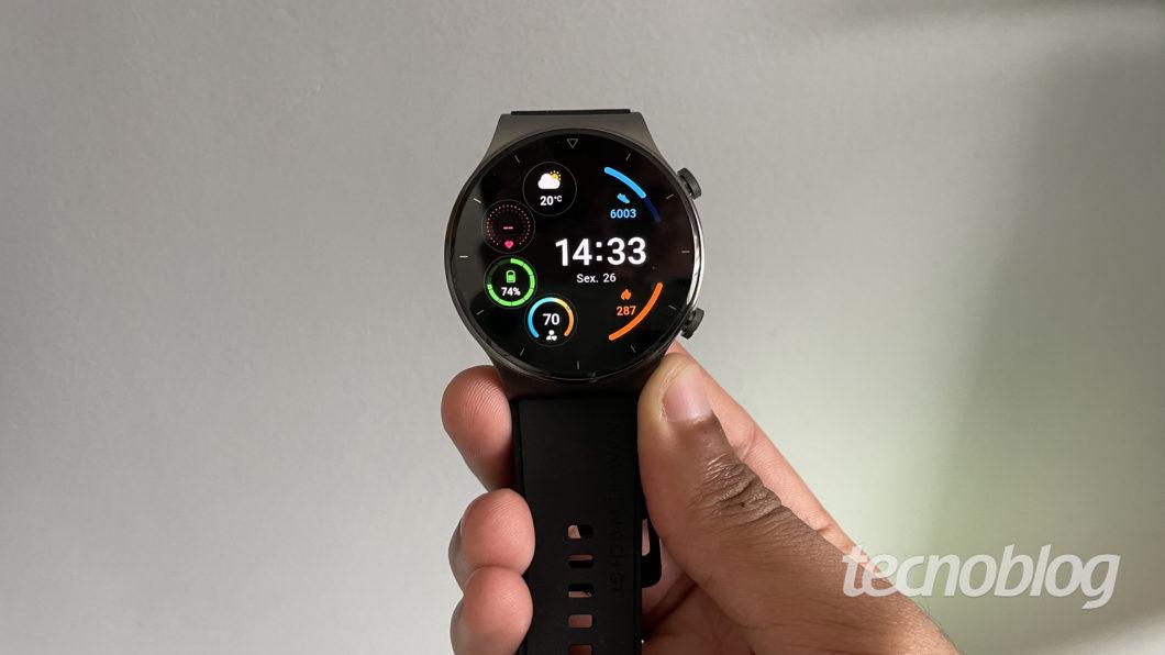 Huawei Watch GT 2 Pro (Imagem: Darlan Helder/Tecnoblog)