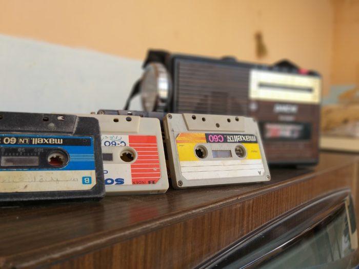 Fitas cassete (Imagem: Abderrahmane Meftah/Unsplash)