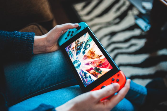 Conta Nintendo (Imagem: Erik Mclean /Unsplash)