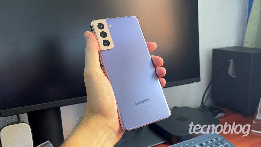 Samsung Galaxy S21+ (imagem: Emerson Alecrim/Tecnoblog)