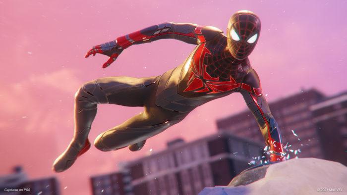 Advanced Tech Suit é novidade em Spider-Man: Miles Morales (Imagem: Divulgação/Insomniac)