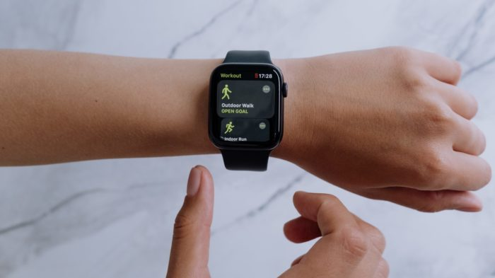 É possível definir e mudar as metas de atividade no Apple Watch (Imagem: Cottonbro / Pexels)