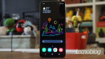Samsung Care+ ganha seguro para trocar tela quebrada de celulares Galaxy