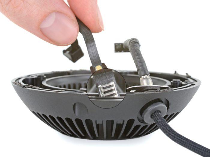 Sensor de temperatura e umidade no HomePod Mini (Imagem: divulgação/iFixit)