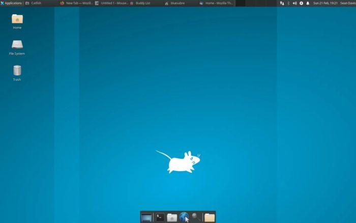 Layout padrão do Xfce 4.16 (imagem: Sean M. Davis)