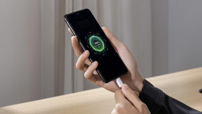 Xiaomi Black Shark 4 tem recarga de 120 watts (Imagem: Divulgação/Xiaomi)