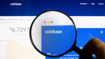 Coinbase abre capital e atinge US$ 85 bi em valor de mercado
