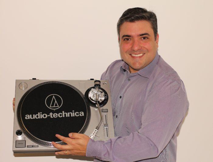 Alexandro de Azevedo, diretor presidente da Audio-Technica do Brasil (Imagem: Acervo Pessoal)