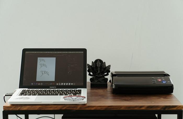 Como compartilhar uma impressora no Mac (Imagem: Cottonbro/Pexels)
