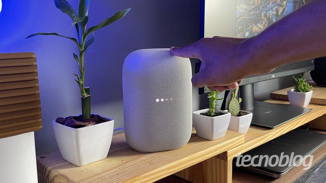 Google Nest Audio (Imagem: Darlan Helder/Tecnoblog)