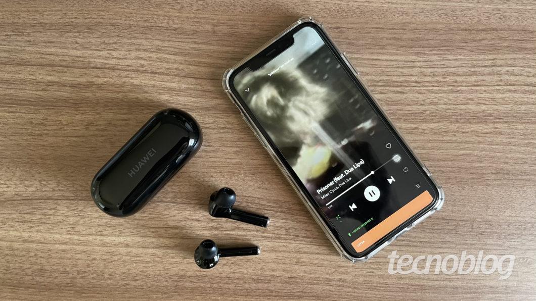 Huawei FreeBuds 3i (Imagem: Darlan Helder/Tecnoblog)