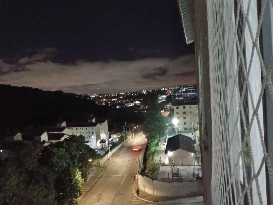 Foto tirada com a câmera principal do Nokia 2.4 + modo Noite (Imagem: Darlan Helder/Tecnoblog)