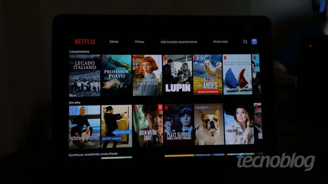 Amazon Echo Show 10 (Imagem: Paulo Higa/Tecnoblog)