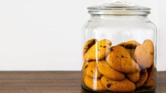 Como bloquear pedidos repetitivos de permissão para instalar cookies