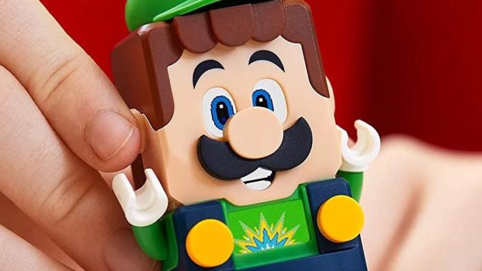 Lego Luigi estreia em Lego Super Mario (Imagem: Divulgação/Lego)