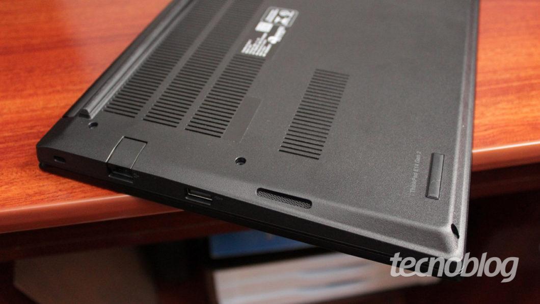 Alto-falante no ThinkPad E14 (imagem: Emerson Alecrim/Tecnoblog)