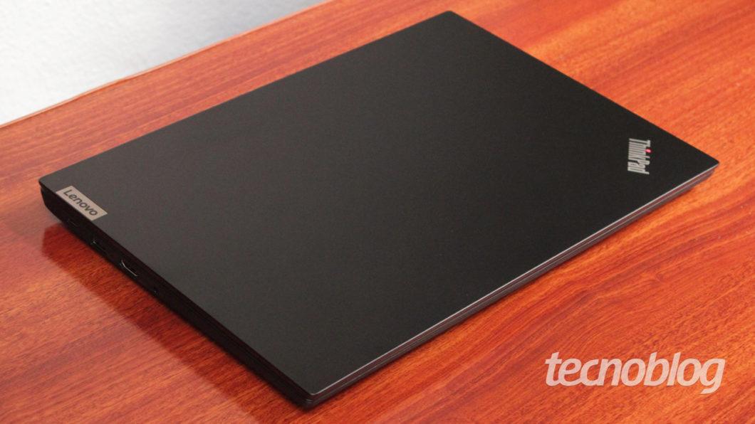 Lenovo ThinkPad E14 (imagem: Emerson Alecrim/Tecnoblog)
