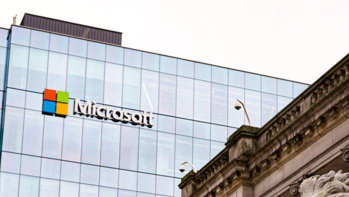 Microsoft (Imagem: Mohammad Rezaie/Unsplash)